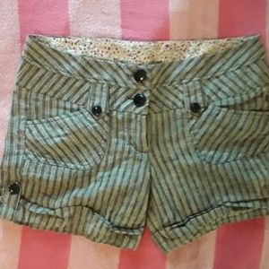 Daytrip sz 3 linen shorts